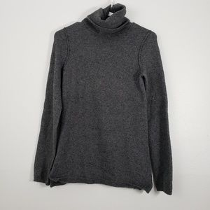 GAP Turtle Neck Long Sleeve Sweater